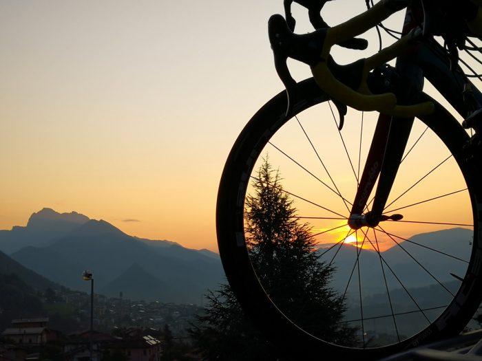 Grem bike hostel premolo tramonto